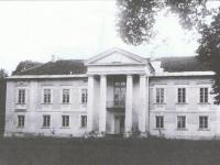 Pałac w Staroźrebach / źródło: galeria.plock24.pl