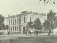 Gmach Banku Polskiego / źródło: Nowowiejski A.J. - Płock monografia historyczna. Płock 1931