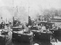 Monitory na Prypeci. Podczas odwrotu w czerwcu 1920 r. Flotyllę Pińską zatopiono / źródło: wikipedia.pl