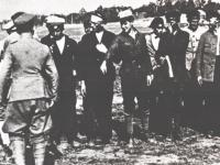 Pierwsza musztra ochotników / źródło: Skaradziński B. - Polskie lata 1919-1920 t. 2,  Warszawa 1993