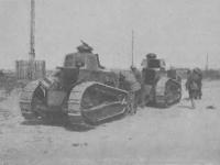 Polskie tanki na froncie / źródło: Kurier Ilustrowany 1920 r. nr 38